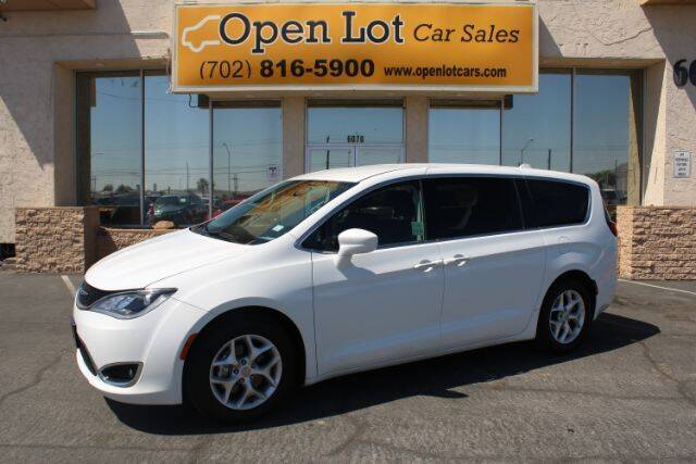 2018 Chrysler Pacifica for sale in Las Vegas, NV