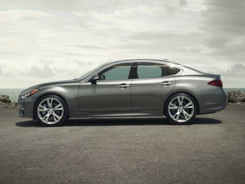 2016 Infiniti Q70 for sale at BMW OF NEWPORT in Middletown RI