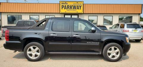 2008 Chevrolet Avalanche for sale at Parkway Motors in Springfield IL