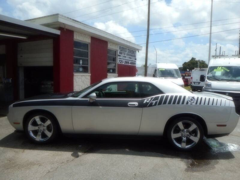 2009 Dodge Challenger for sale at Florida Suncoast Auto Brokers in Palm Harbor FL