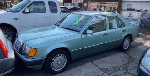 1992 Mercedes-Benz 300-Class for sale at Frank's Garage in Linden NJ