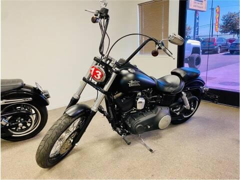 2013 HARLEY DAVIDSON Dyna Street Bob for sale at KARS R US in Modesto CA