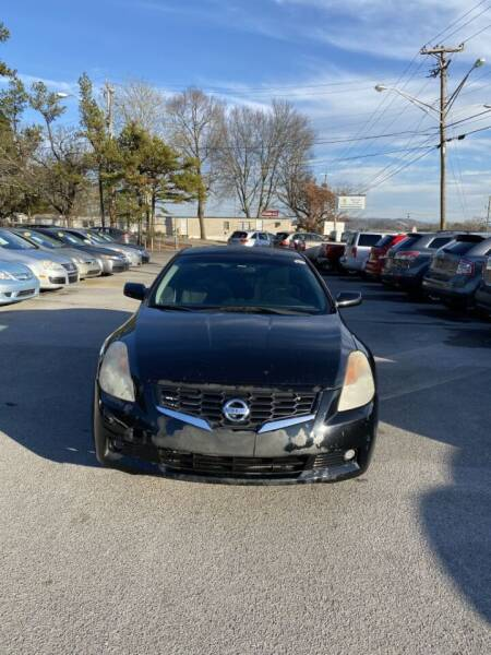 2009 Nissan Altima for sale at Elite Motors in Knoxville TN