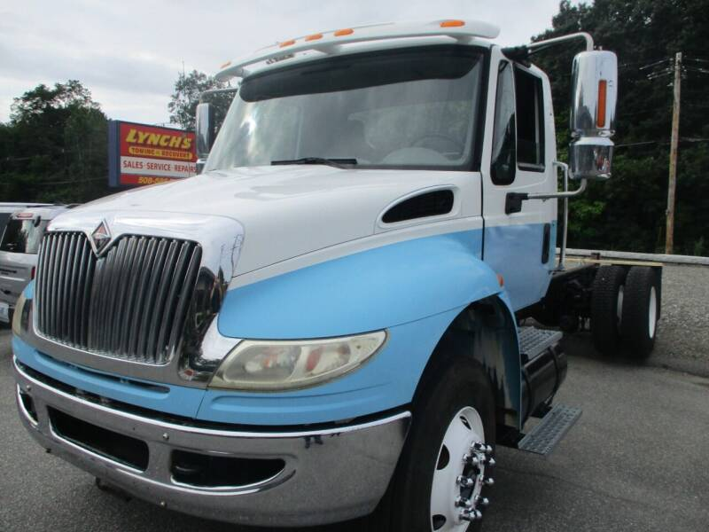 2009 International 4400 for sale at Lynch's Auto - Cycle - Truck Center - Trucks and Equipment in Brockton MA