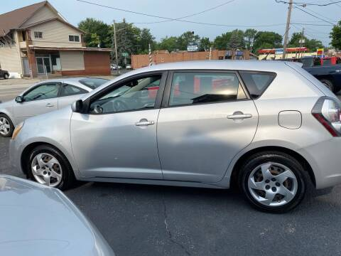 2010 Pontiac Vibe for sale at E & A Auto Sales in Warren OH