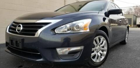 2013 Nissan Altima for sale at Derby City Automotive in Louisville KY