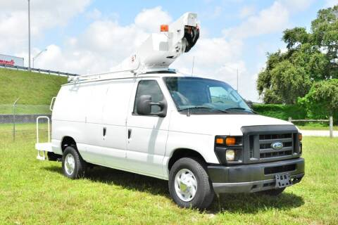 2009 Ford E-Series Cargo for sale at American Trucks and Equipment in Hollywood FL