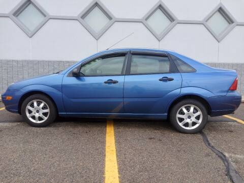 2005 Ford Focus for sale at Double Take Auto Sales LLC in Dayton OH