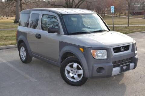 2003 Honda Element for sale at GLADSTONE AUTO SALES    GUARANTEED CREDIT APPROVAL in Gladstone MO