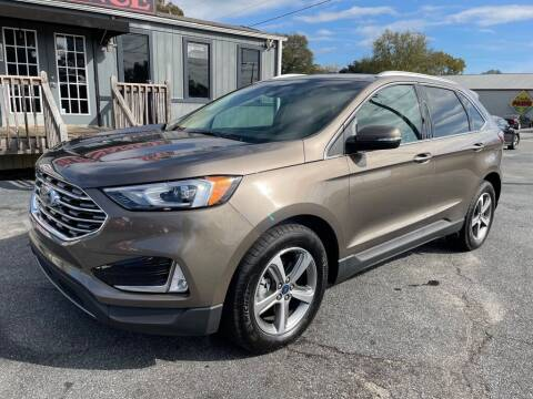 2019 Ford Edge for sale at Modern Automotive in Boiling Springs SC