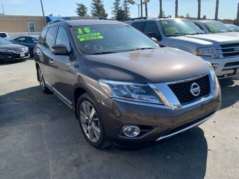 2015 Nissan Pathfinder for sale at Contra Costa Auto Sales in Oakley CA