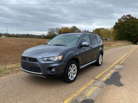 2010 Mitsubishi Outlander for sale at Tennessee Valley Wholesale Autos LLC in Huntsville AL
