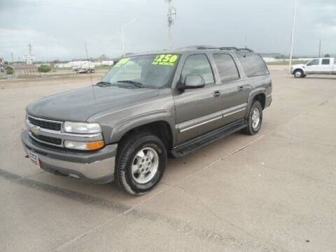 2001 Chevrolet Suburban for sale at Twin City Motors in Scottsbluff NE