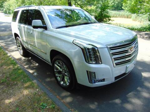 2016 Cadillac Escalade for sale at LA Motors in Waterbury CT