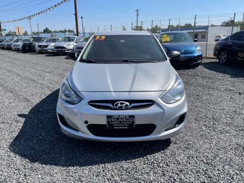 2013 Hyundai Accent for sale at Velascos Used Car Sales in Hermiston OR