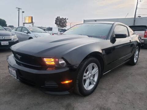 2012 Ford Mustang for sale at LR AUTO INC in Santa Ana CA