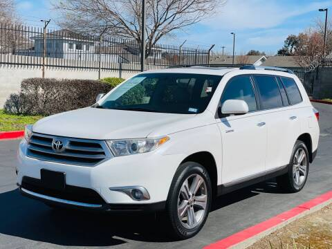 2011 Toyota Highlander for sale at United Star Motors in Sacramento CA