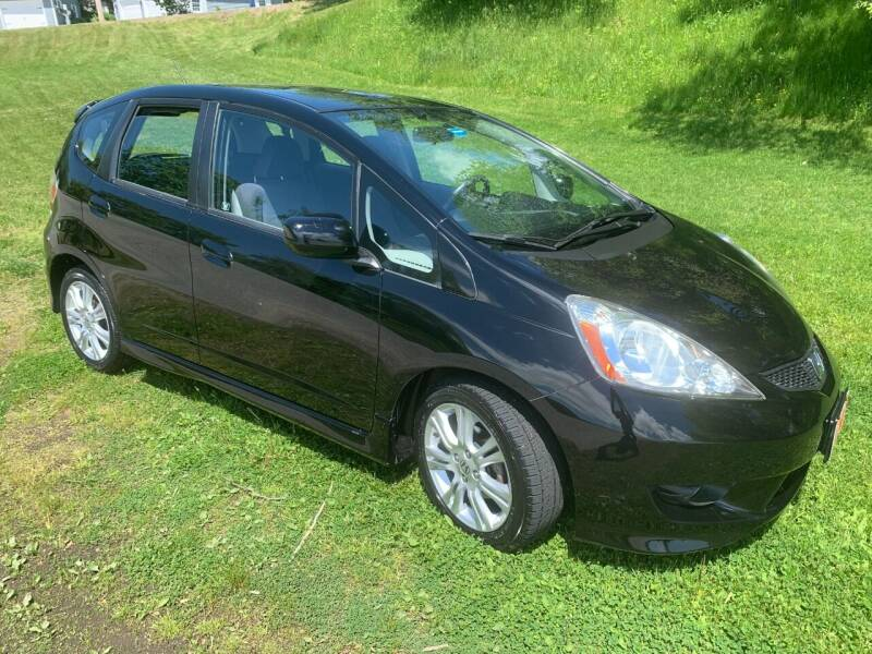 2009 Honda Fit for sale at GROVER AUTO & TIRE INC in Wiscasset ME