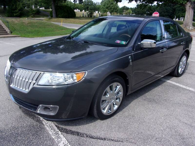 2011 Lincoln MKZ for sale at Pyles Auto Sales in Kittanning PA