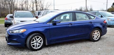2013 Ford Fusion for sale at PINNACLE ROAD AUTOMOTIVE LLC in Moraine OH