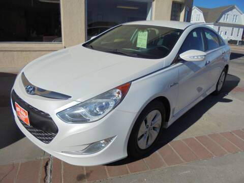 2013 Hyundai Sonata Hybrid for sale at KICK KARS in Scottsbluff NE