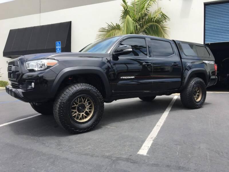 2019 Toyota Tacoma for sale at MANGIONE MOTORS ORANGE COUNTY in Costa Mesa CA