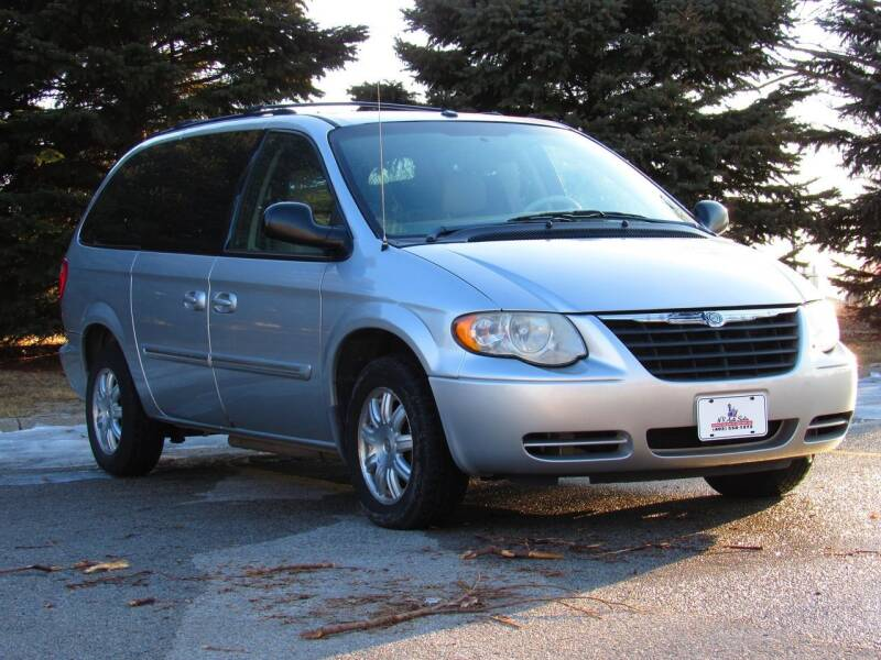 2006 Chrysler Town and Country for sale at NY AUTO SALES in Omaha NE
