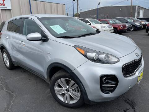 2017 Kia Sportage for sale at New Wave Auto Brokers & Sales in Denver CO