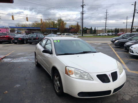 2007 Pontiac G6 for sale at Drive Max Auto Sales in Warren MI