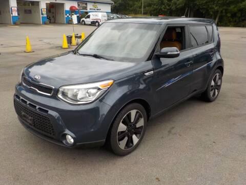 2015 Kia Soul for sale at RTE 123 Village Auto Sales Inc. in Attleboro MA