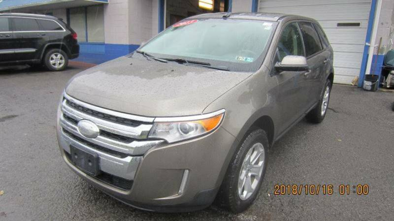 2013 Ford Edge for sale at Auto Outlet of Morgantown in Morgantown WV