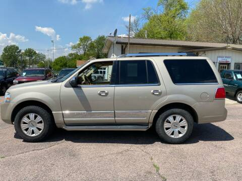 2008 Lincoln Navigator for sale at RIVERSIDE AUTO SALES in Sioux City IA