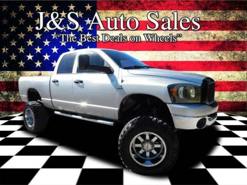 2007 Dodge Ram Pickup 2500 for sale at J & S Auto Sales in Clarksville TN