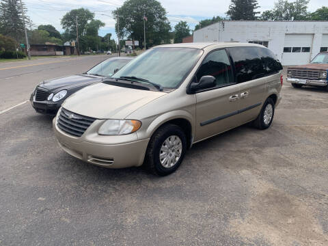 2005 Chrysler Town and Country for sale at Townline Motors in Cortland NY