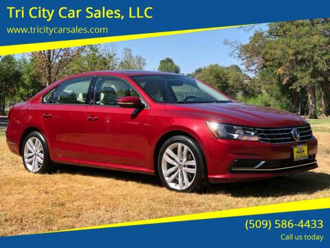 2019 Volkswagen Passat for sale at Tri City Car Sales, LLC in Kennewick WA