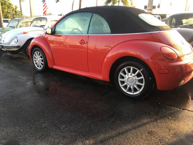 2005 Volkswagen New Beetle Convertible for sale at TOP TWO USA INC in Oakland Park FL