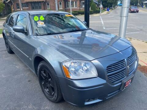 2006 Dodge Magnum for sale at Zs Auto Sales in Kenosha WI