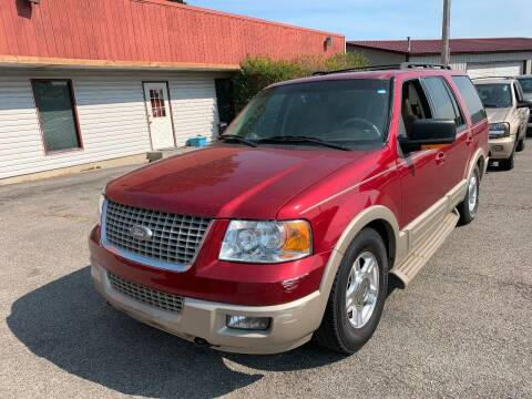 2005 Ford Expedition for sale at Best Buy Auto Sales in Murphysboro IL