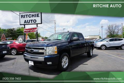 2007 Chevrolet Silverado 1500 for sale at Ritchie Auto in Appleton WI