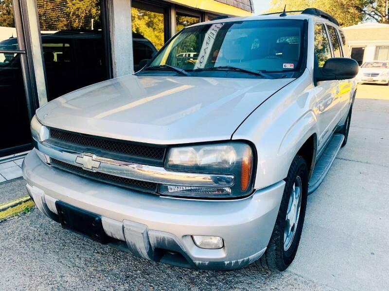 2004 Chevrolet TrailBlazer EXT for sale at Auto Space LLC in Norfolk VA