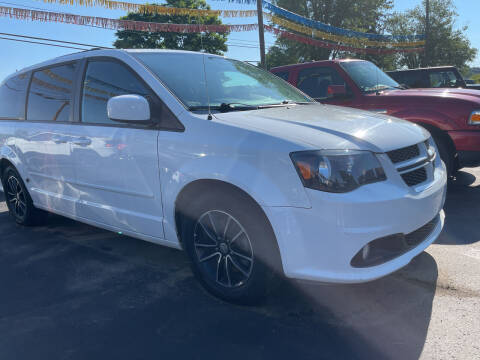 2016 Dodge Grand Caravan for sale at Auto Exchange in The Plains OH