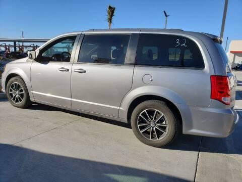2018 Dodge Grand Caravan for sale at ELITE MOTORS in Victorville CA