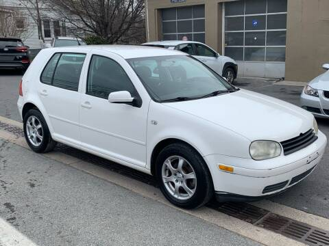 2006 Volkswagen Golf for sale at GET N GO USED AUTO & REPAIR LLC in Martinsburg WV