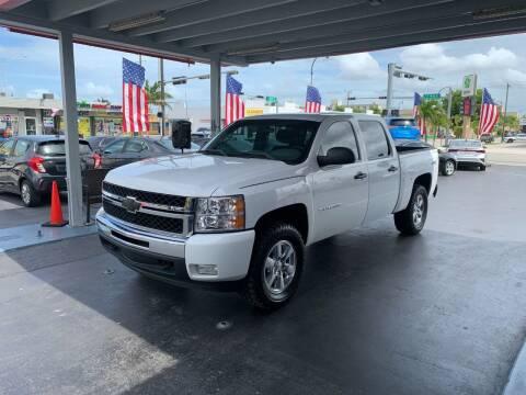 2013 Chevrolet Silverado 1500 for sale at American Auto Sales in Hialeah FL