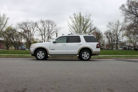 2007 Ford Explorer for sale at Lexington Auto Club in Clifton NJ