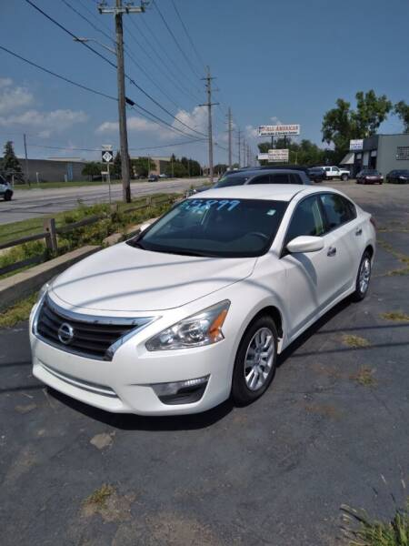 2013 Nissan Altima for sale at D and D All American Financing in Warren MI