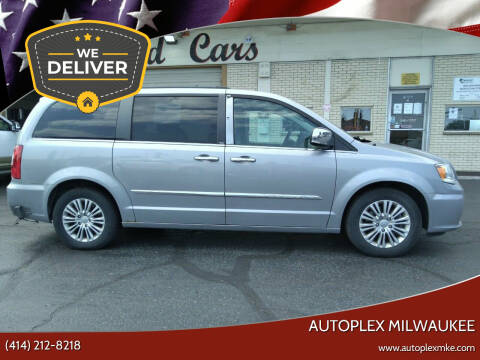2013 Chrysler Town and Country for sale at Autoplex 3 in Milwaukee WI