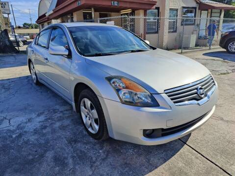 2007 Nissan Altima for sale at Advance Import in Tampa FL