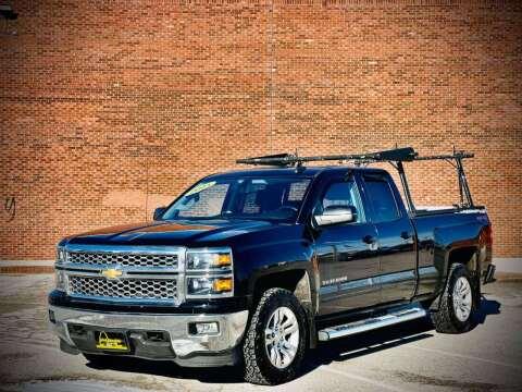 2015 Chevrolet Silverado 1500 for sale at ARCH AUTO SALES in St. Louis MO