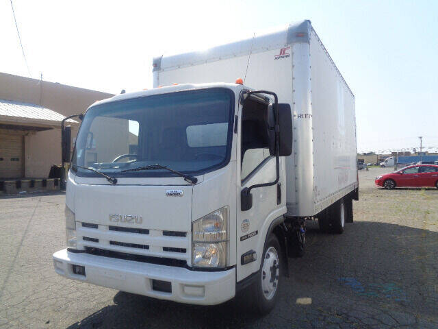 2015 Isuzu NQR for sale at Advanced Truck in Hartford CT